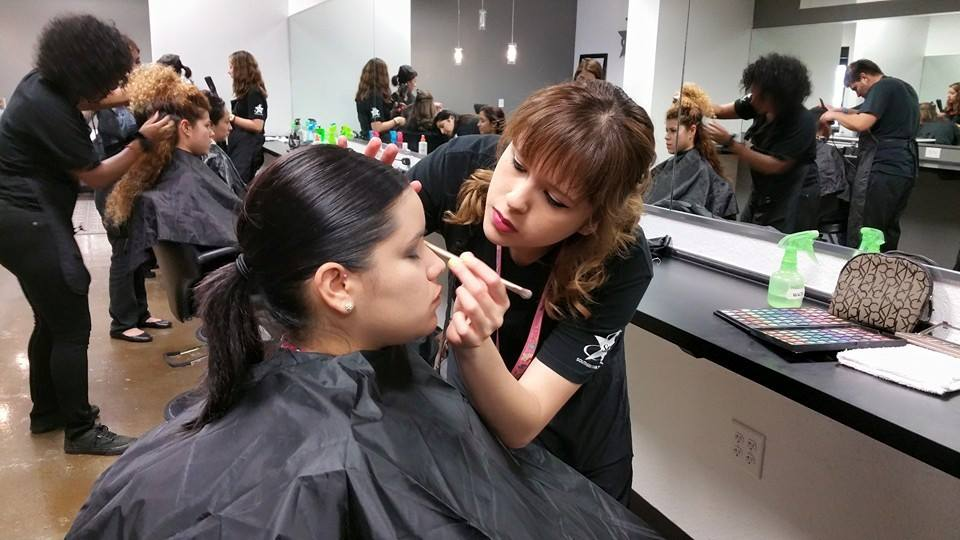 Beauty Fashion Job Training: Hair Dresser School